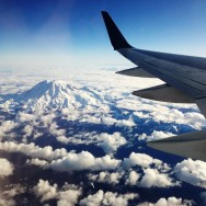 Flight - Mt-Rainier